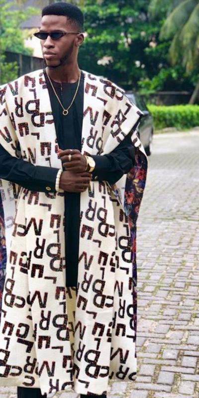 Akin Faminu fashion blogger in Nigeria in  Fashion pieces